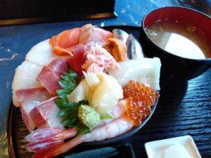 釧ちゃん食堂 特選海鮮丼